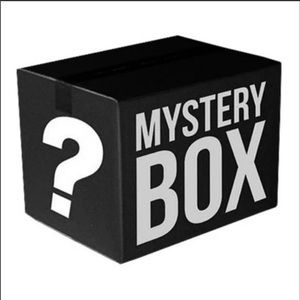 Men's mystery box!!! 10 assorted items